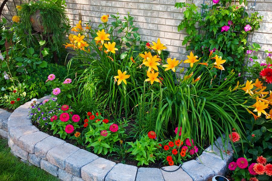 Blumenbeet anlegen tipps und ideen zur gestaltung im garten for Garten beetgestaltung